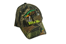 """BITE ME"" FISH BAIT CAMO HAT"