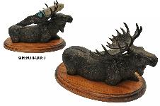 MOOSE DISPLAY W/WOODEN STAND